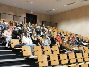 Les élèves participant à cette rencontre